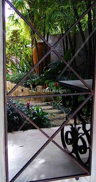 Double Cross Garden Mirror Outdoor Mirrors