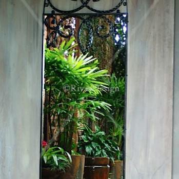 Gothic-arch-iron-mirror-lg