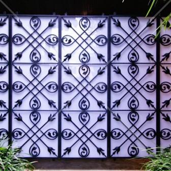 Iron panels wall screen