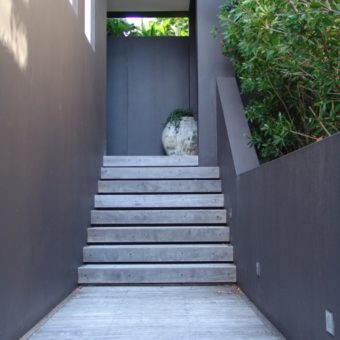 Minimalistic entry